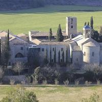 Món Sant Benet i les tines del Llobregat