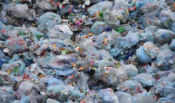 Acumulació de residus plàstics