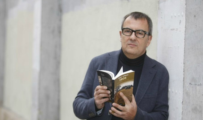 Tros, Rafael Vallbona, lectura, llibre, Novel·la negra, Surtdecasa Ponent, 2017