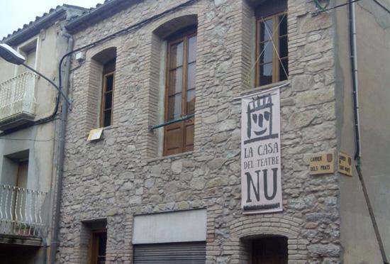 Façana de La Casa del Teatre Nu