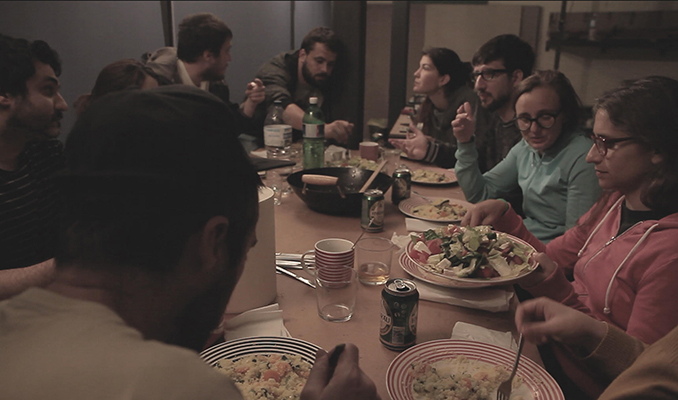 Amics menjant