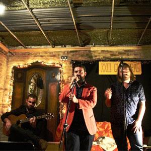 Show de canciones improvisadas, El Cuarteto de los Trastos