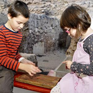 Taller infantil 'Divertim-nos amb els romans!'