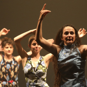 Espectacle de Creació Deltebre Dansa 'Easy'