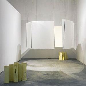 Exposició 'Cuando iba, iba con ella, y cuando volvía, me encontré con ella' d'Aïda Andrés Rodrigálvarez i Pablo del Pozo