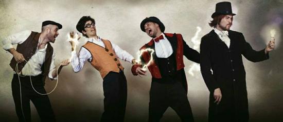 Cabaret Ampolino: 'Els bessons elèctrics'