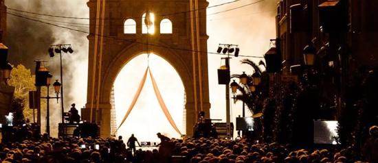 Espectacle 'La llum, pont a la Modernitat'