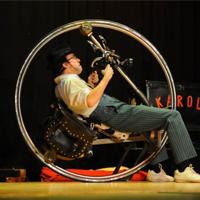 karoli, l'home roda