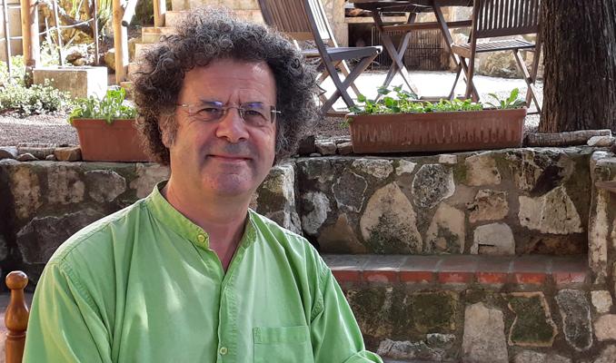 Manel Güell, autor del llibre 'Escultors de la festa'