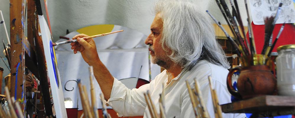 Jobacasén pintant al seu estudi de la masia de Cambrils