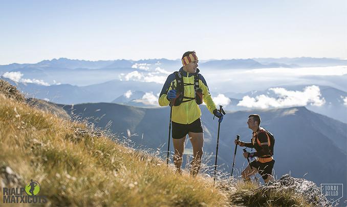 Un corredor en un punt d'ascens de la Matxicots '16. Foto de Jordi Rulló