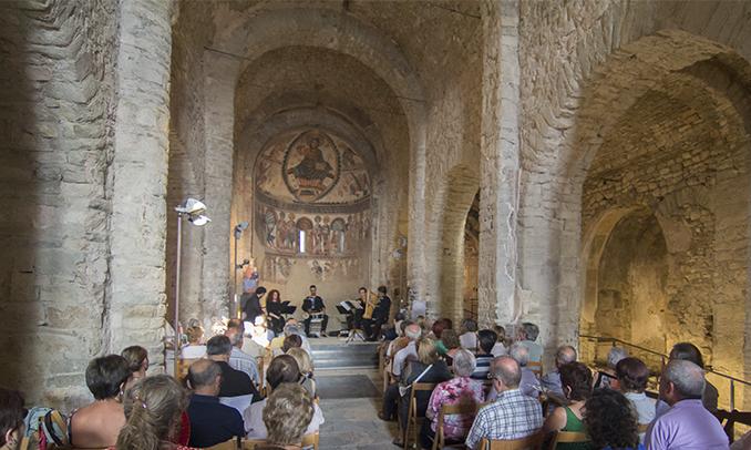 Concert a Santa Maria de Mur, castell de Mur