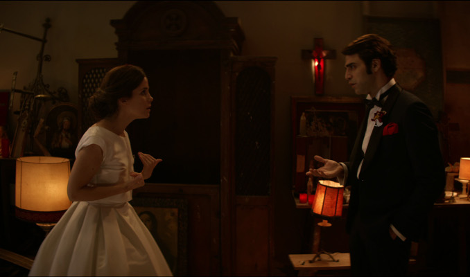 Núria Gago i David Verdaguer a l'episodi 'Compromís' de '7 raons per fugir'