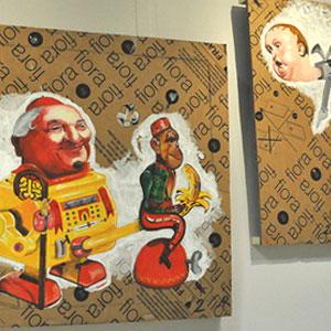 Exposició 'Àcid, joguines i cartró' d'Álvaro Ramos a Cambrils, 2019