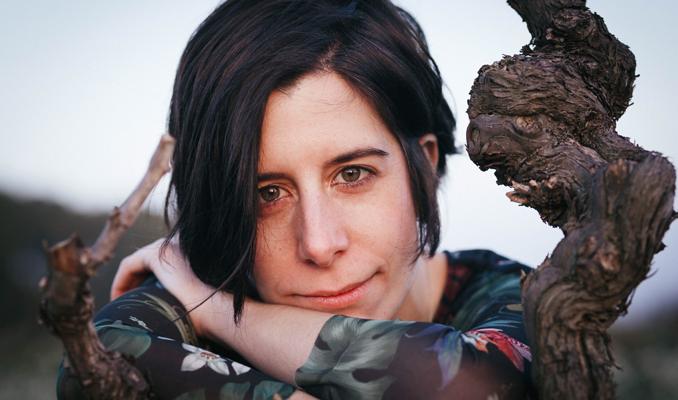 La poeta Anna Gual