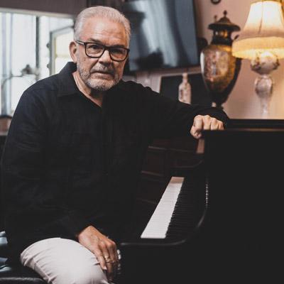 Cecilio Tieles, Piano