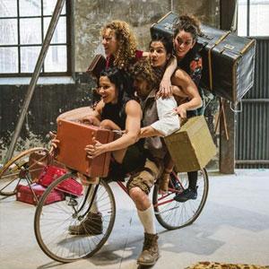 Espectacle de Circ 'Koselig' a càrrec de la companyia Capicua