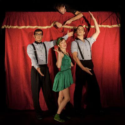 Espectacle de circ 'Aquí sobra uno' de la companyia Tresperté