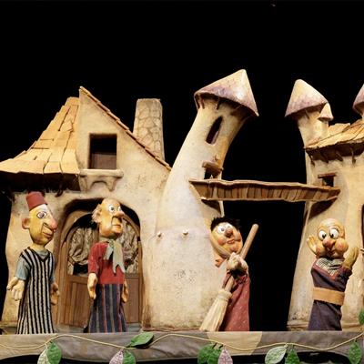 Teatre familiar 'Dragoncio' dels Titiriteros de Binéfar