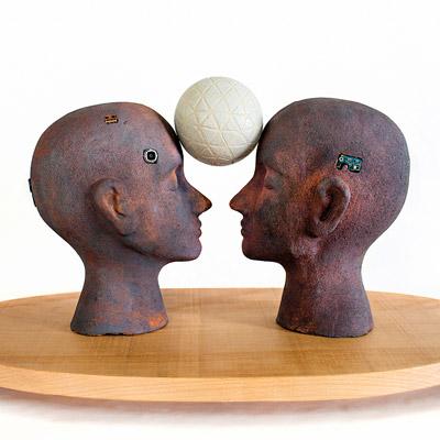 Exposició 'De la terra a la terra? [Humanitat en transició]' de Mònica Campdepadrós