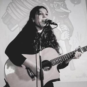 Marianna Bernardini, cantautora veneçolana
