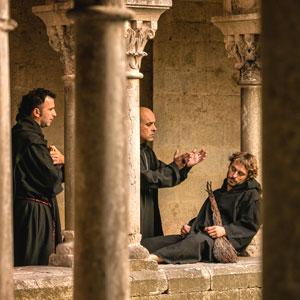 Visita teatralitzada 'Un passeig per la història de Sant Pere de Galligants'