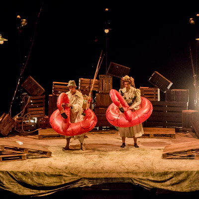 Espectacle 'Nàufrags' de La Industrial Teatrera