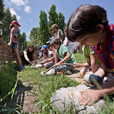 Activitat familiar 'Avui fem de Neolítics', Parc Neolític de la Draga, Banyoles, 2020
