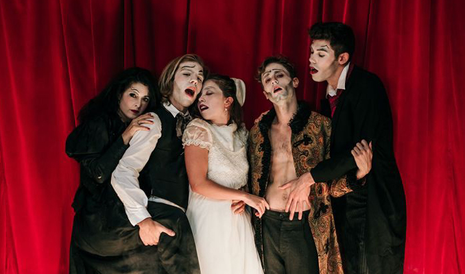 Poe, el cabaret macabre