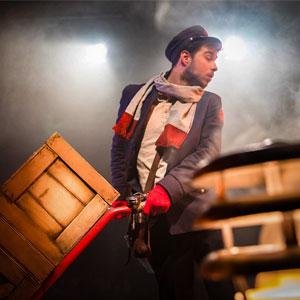 Espectacle 'The Postman' a càrrec de Màgic Txema