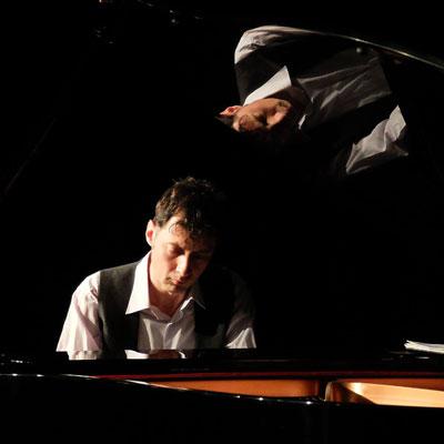 Pianista brasiler Cláudio Suzin