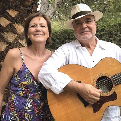 Espectacle 'Taverna de poetes' de Santi Arisa i Agnès Miralbell