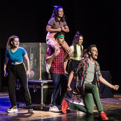 Teatre musical 'Una altra estrena: un musical fet a mida' de Sus4