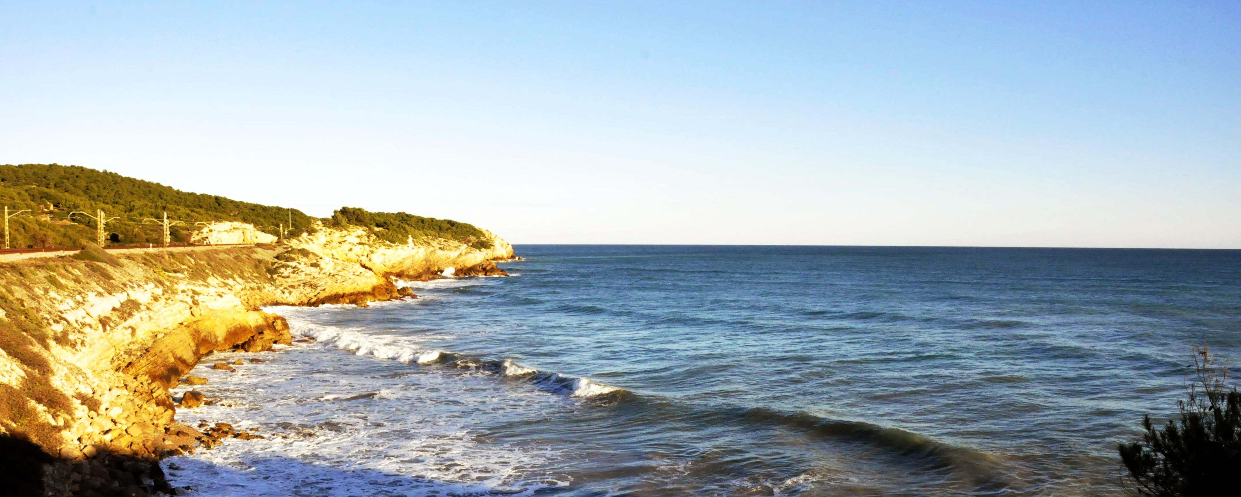 De Sitges a Vilanova a peu