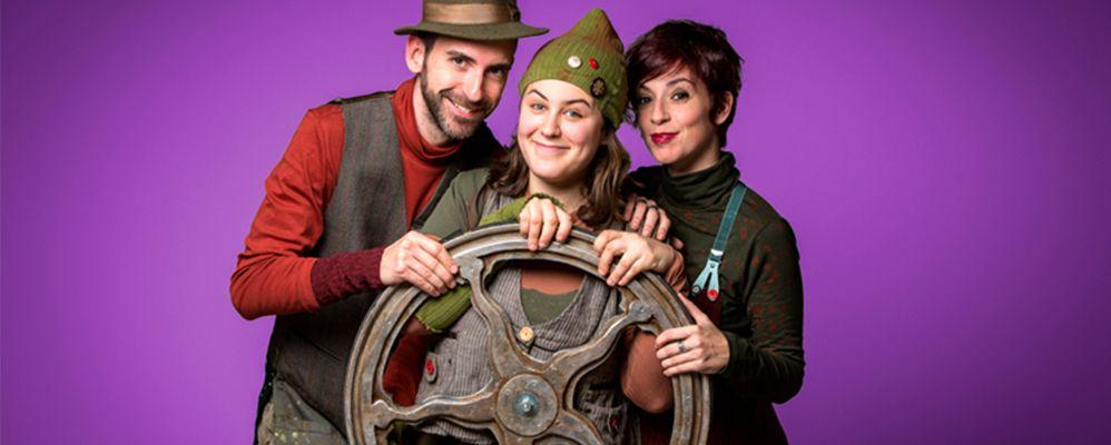 Teatre arrossegat, una companyia de Teatre Nu