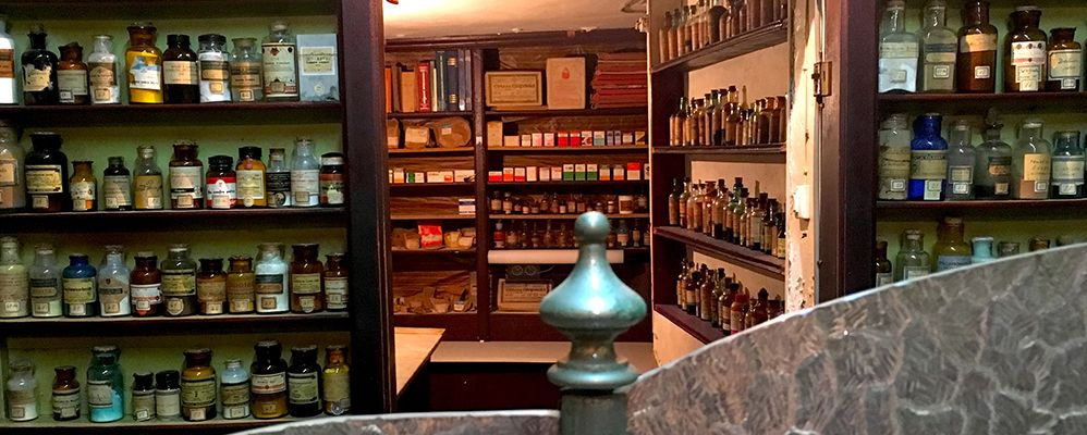 Farmàcia antiga